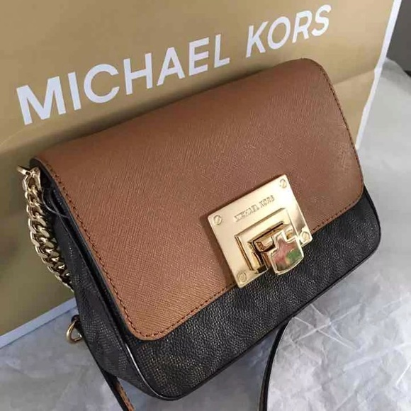 9dc9e8975ce8 Michael Kors Bags | Tina Small Clutch Cross Body | Poshmark